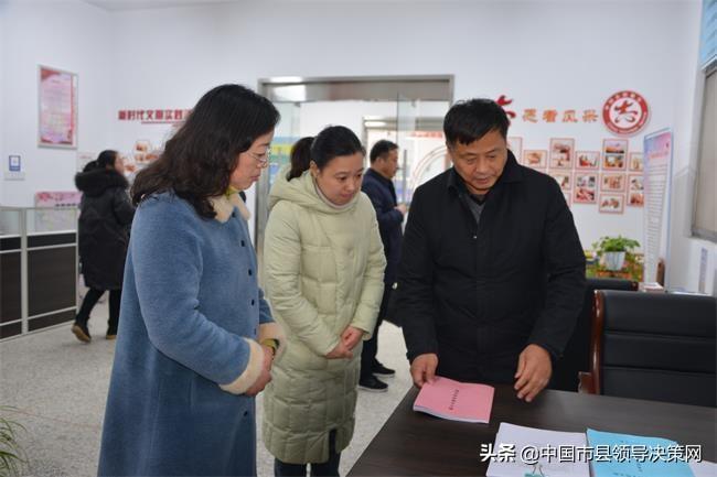 盐城市总工会副主席周新民在射阳县督查调研