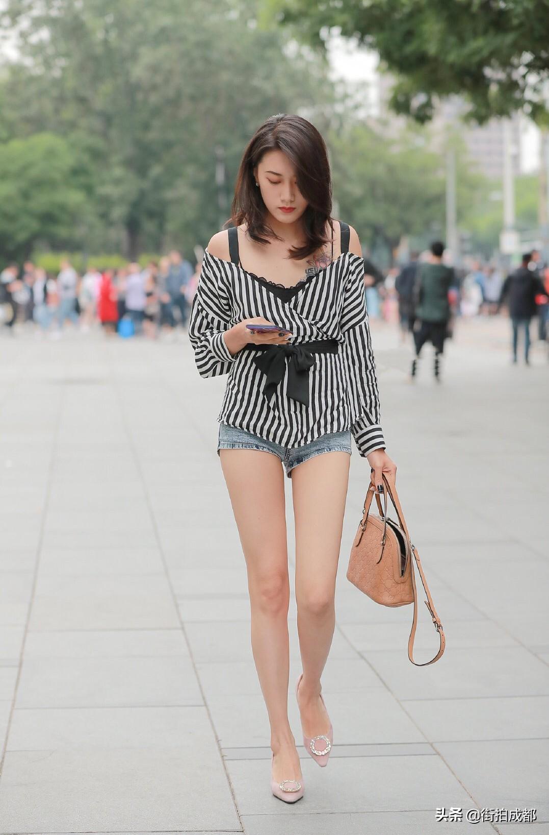 成都街拍:生活中的大长腿