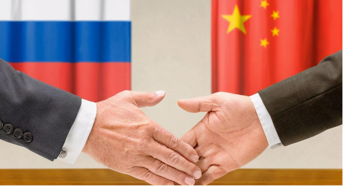 中俄背靠背互助,俄帮助中国敲打两国,中俄两国应进一步加强合作 原创航天君2021-02-17 13:29:08 据人民日报近日报道,虽然受到了新冠疫情的影响,中俄两国贸易总额依然突破了1000亿美元。