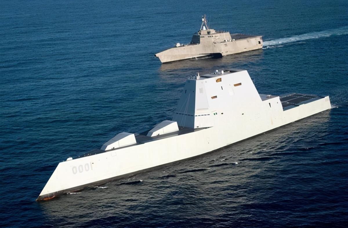 美军终于拉下脸了:中国055万吨大驱真好,照葫芦画瓢仿一款