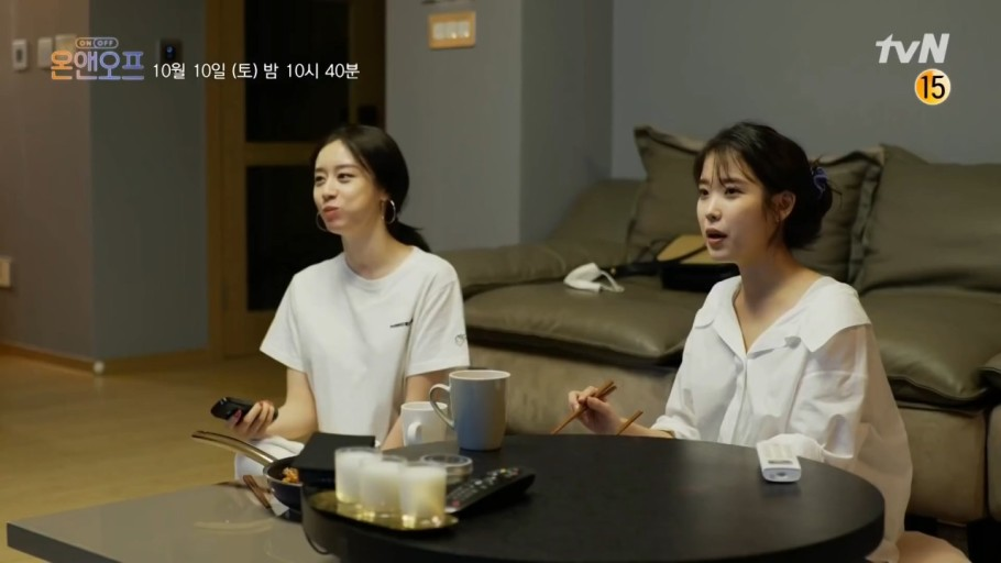 IU李知恩和T-ara朴智妍见证12年友谊,闺蜜就应该这样