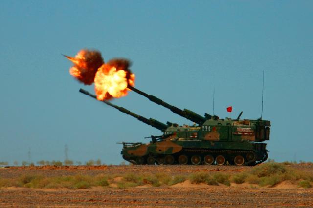 射程不够?我国给炮弹安发动机,新型冲压增程炮弹射程100公里