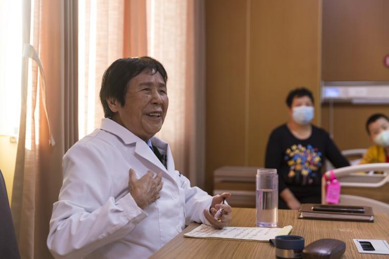 """沈阳市卫生健康系统""""人才建设年、科技创新年、基层提升年""""建设成果之东北国际医院工作纪实"""