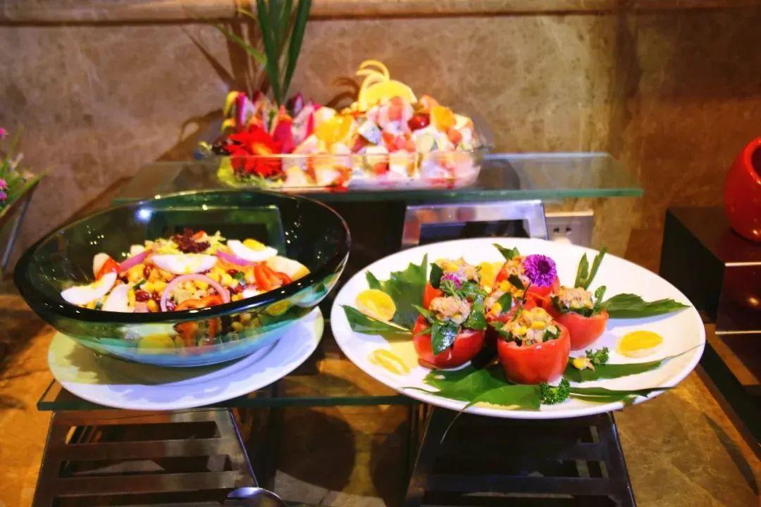 西安五星级自助餐!人均不到70元!大闸蟹无限吃!满足你的胃