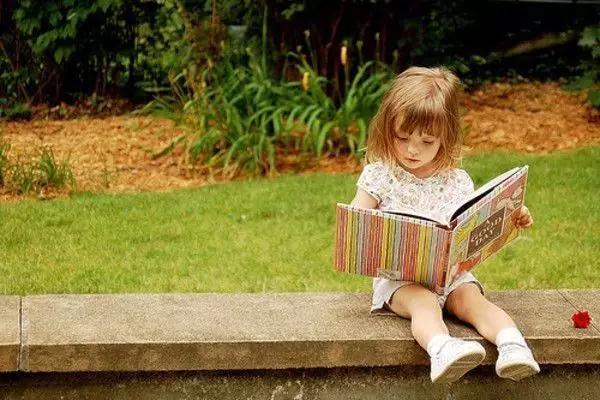 不懂孩子的敏感期?怪不得教育孩子感觉很费劲