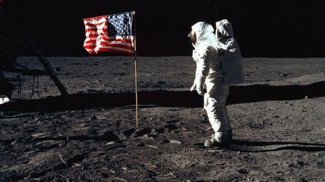 美国赠送给荷兰的月岩被证实是假货,荷兰人民:这国际玩笑开大了