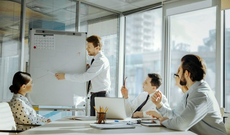 制造業CRM軟件和7個關鍵優勢
