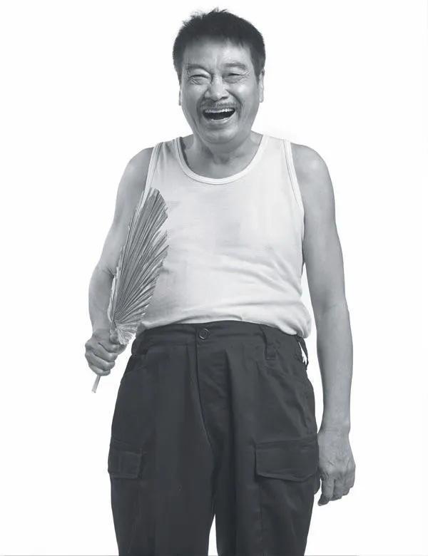 我是中国人!人民日报点名表扬,吴孟达生前最后一条动态惹人泪目