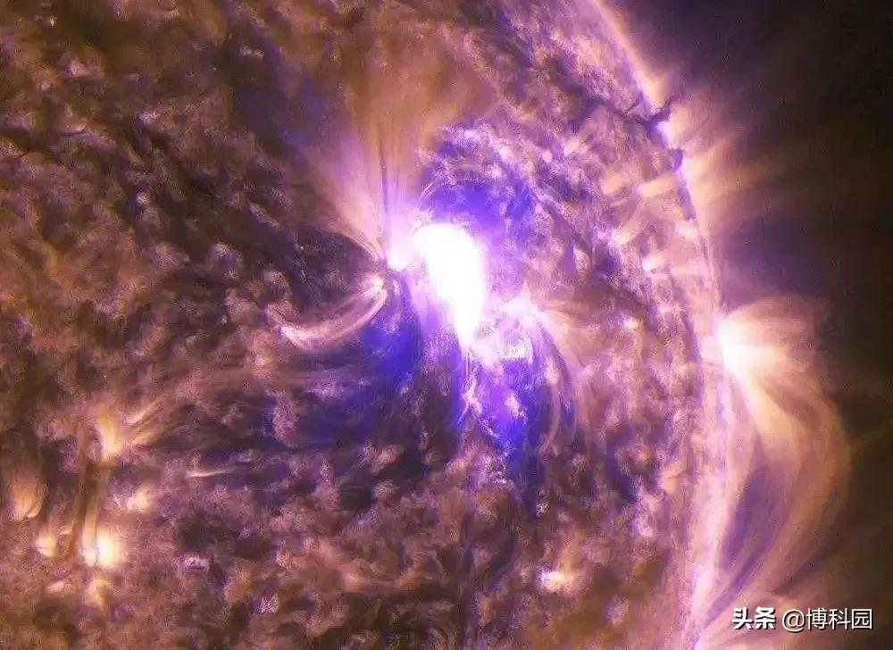 重磅发现:太阳上的微型磁爆,是日冕被加热到200万度的原因