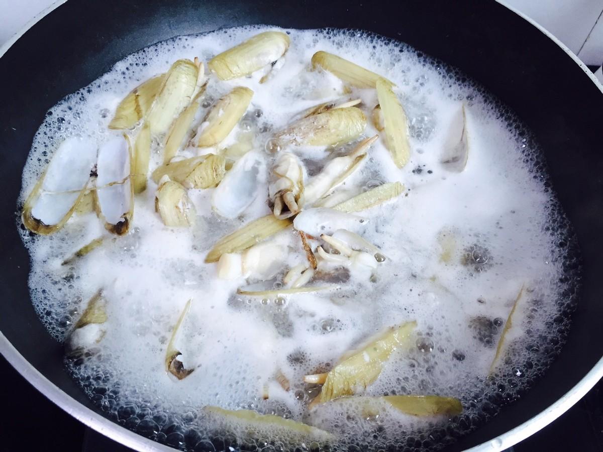 5月鸡肉鸭肉都不如它,又肥又鲜美,便宜又补钙,别错过了