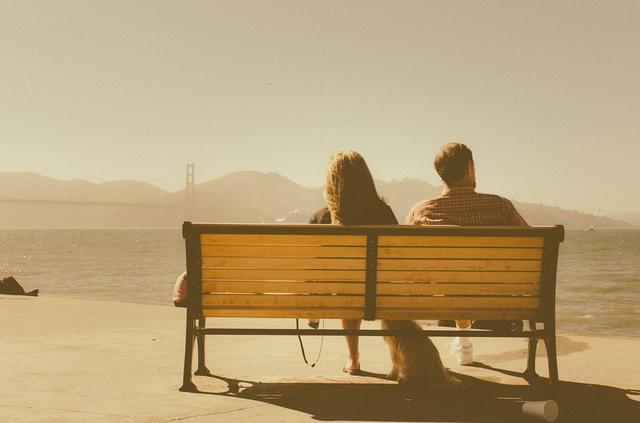 心理学深度剖析:亲密关系中的爱与痛,当如何消解?