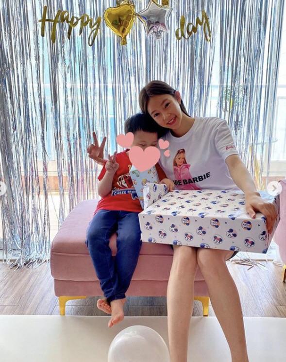韩国女艺人吐槽婚姻生活:整整七年,我们只是在作秀而已
