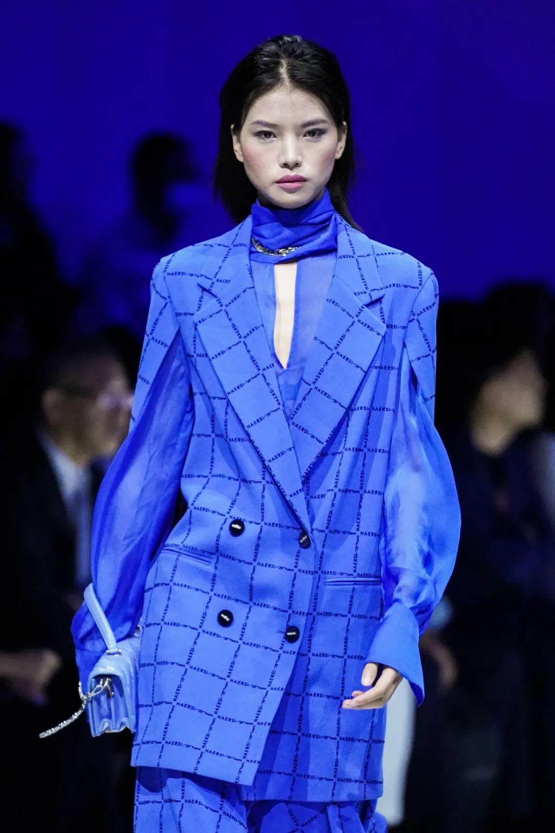 赢家时尚携手董洁开启2020首秀 8大品牌闪耀魔都