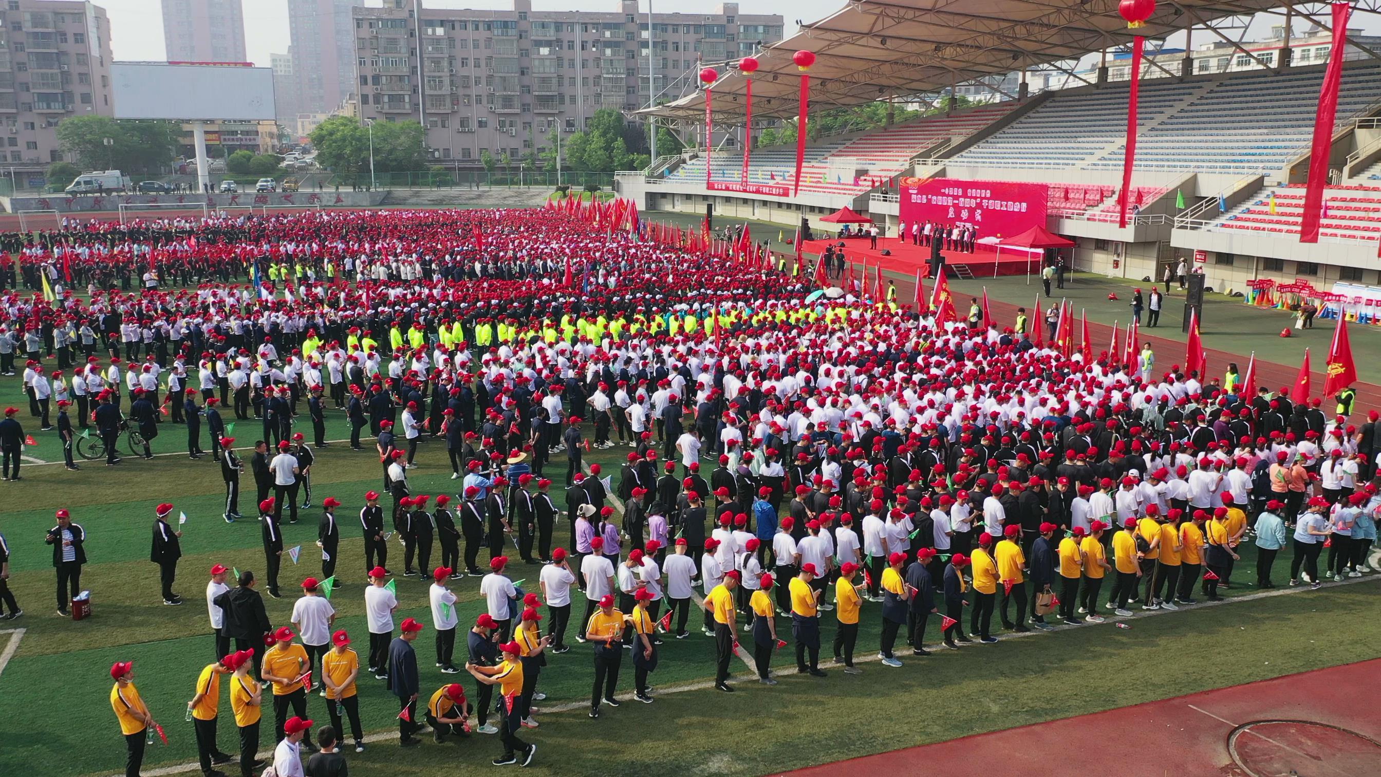 """湖北浠水警方创新宣传举措掀起""""全民反诈""""热潮"""