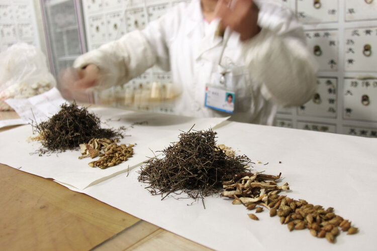 中药之殇:国内受争议,日本汉方药却卖向全球,占90%中药市场