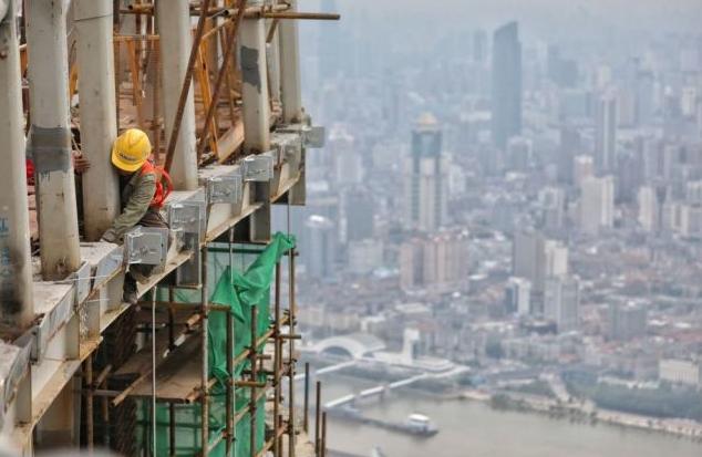 """中国,成了全球经济的""""诺亚方舟"""""""