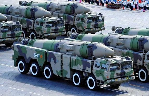 大批囤积远程导弹,美军这是要干嘛?马哈蒂尔警告:小心引火烧身