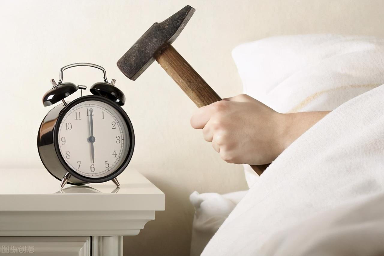 总是无法睡到自然醒,每天起床太猛,小心身体受不了