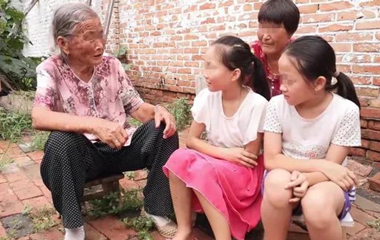 【老人带娃常说的几句话,不仅伤孩子的心,还会破坏亲子关系】图4