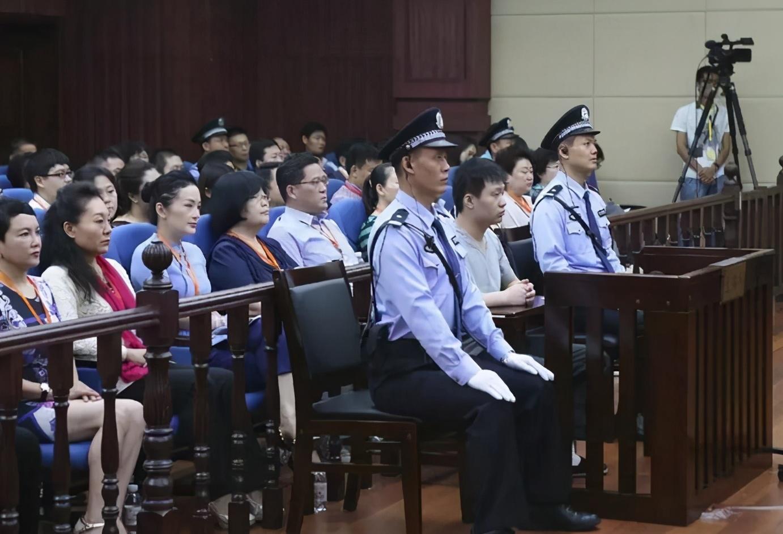 山东辱母杀人案 于欢提前出狱 服刑4年7个月