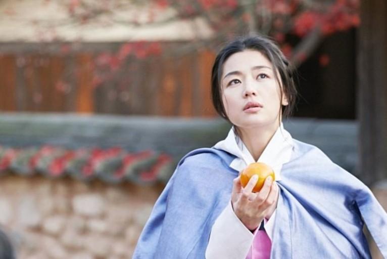 网飞人气好剧,引发韩国僵尸风潮,全智贤确定出演《王国》外传