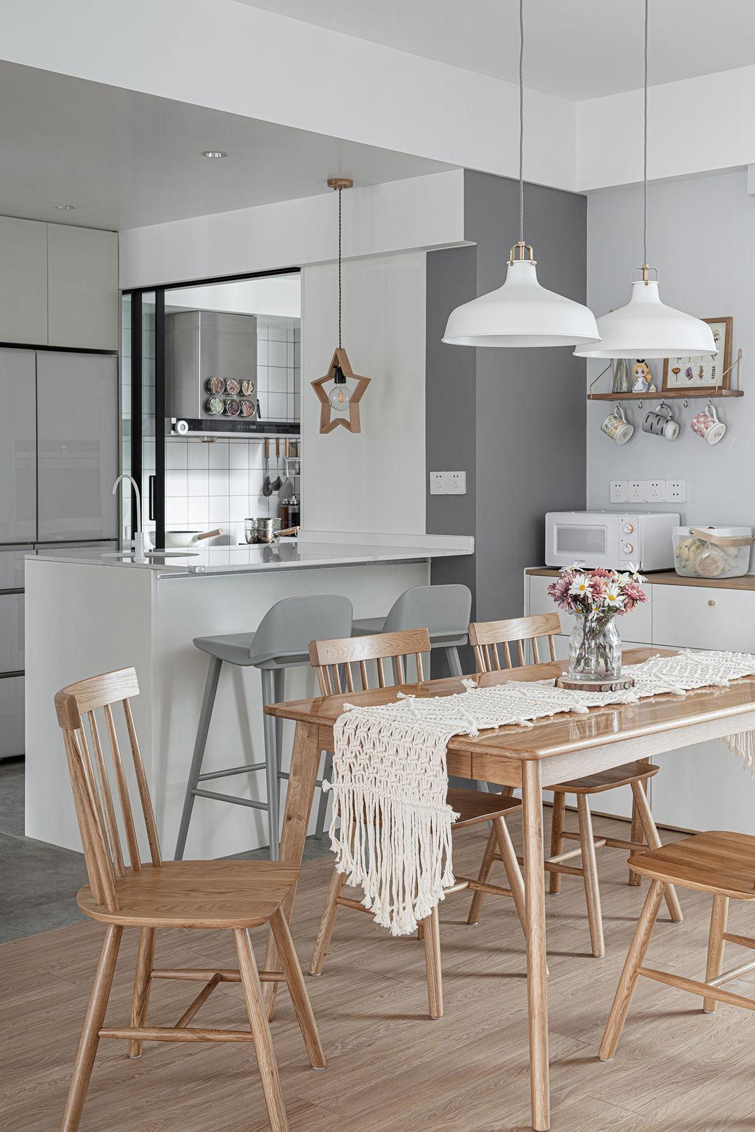 140㎡新房,客餐厅一体化,通透又漂亮,住起来实在舒服