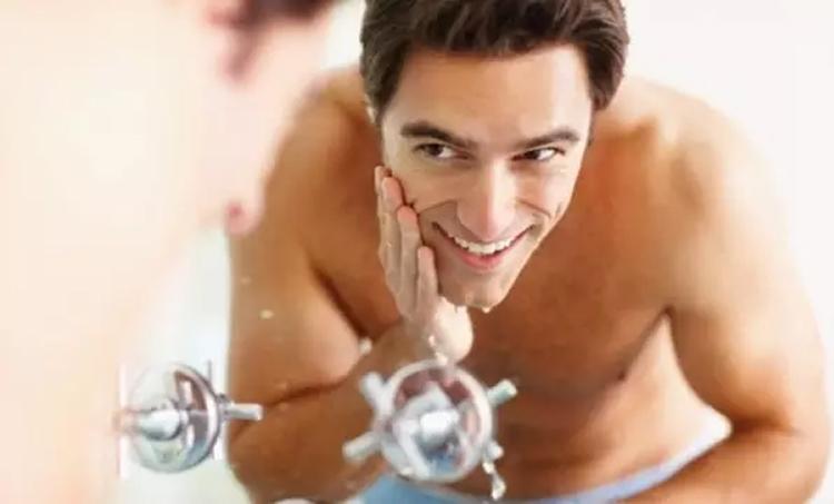 最科学的男士护肤步骤,竟然有8步之多 男士护肤 第2张