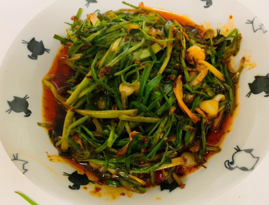 野小蒜辣酱的做法步骤图 可吃一个星期