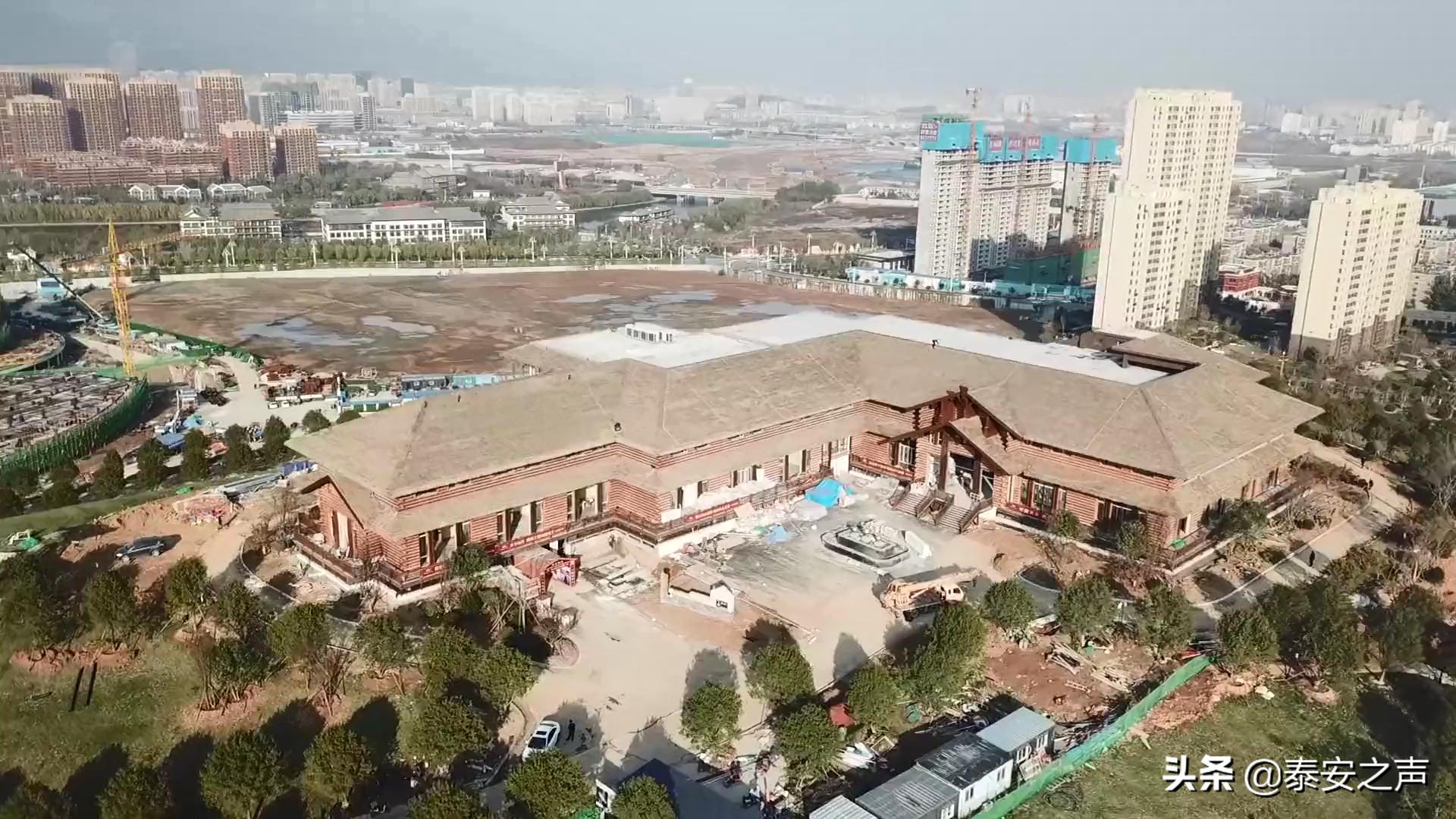 """泰安旅游经济开发区刘家山公园""""啤酒屋""""下月底投入使用 ,打造泰城时尚新元素,市民将迎新体验"""
