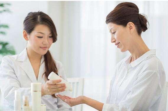 美容院销售法宝:24种销售成交法 让顾客爽快买单 业绩翻倍