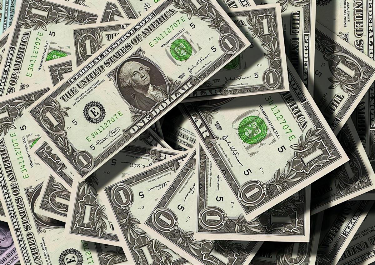 """5只股票让""""股神""""巴菲特一天内血亏300多亿,原因竟是因为中国恒大"""