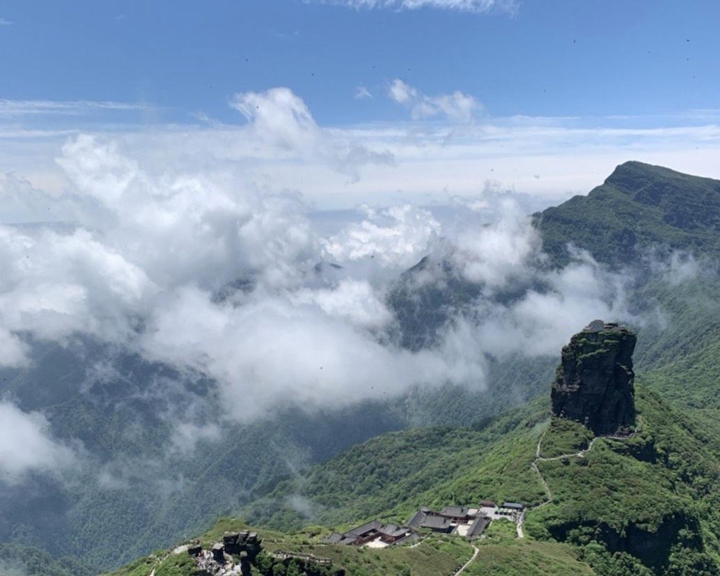 梵净山:贵州第一山,手可摘星辰