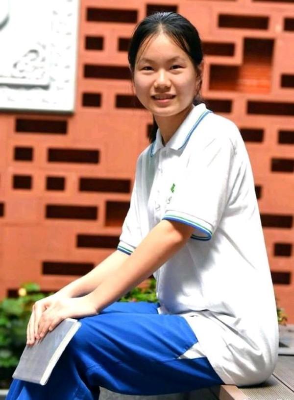"""""""懒得考清华北大!""""口出狂言的16岁广东女孩,最后考多少分?"""