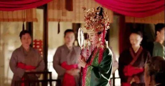 古代婚姻礼俗:催妆之礼—娇娘新嫁红罗襦,郎立帘外作催妆