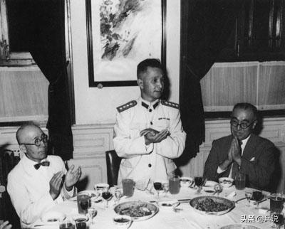 """粟裕大将访日,一名日本老人突然拜访,见面称""""老首长"""""""