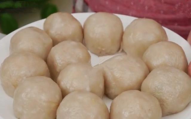 DIY土豆包子做法  不发面不醒面 Q弹可口