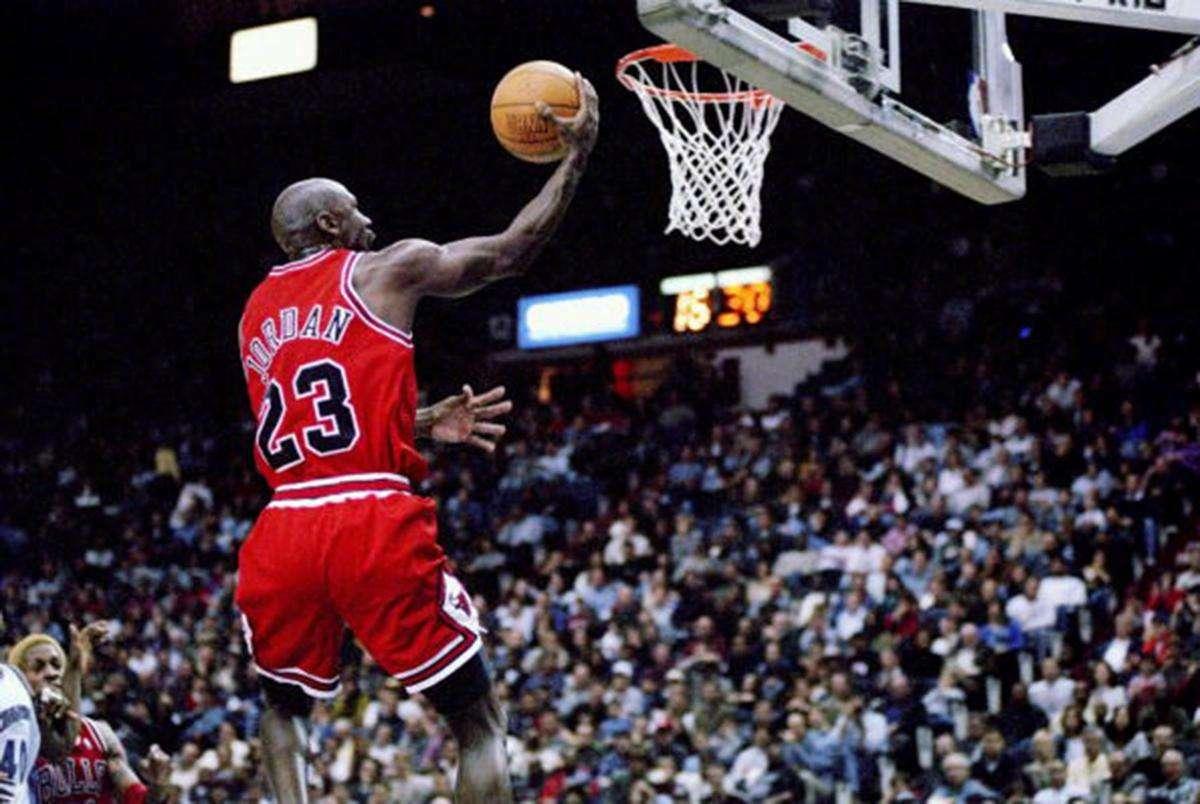 NBA中23号组成一队,实力会有多强?球迷:堪称完美