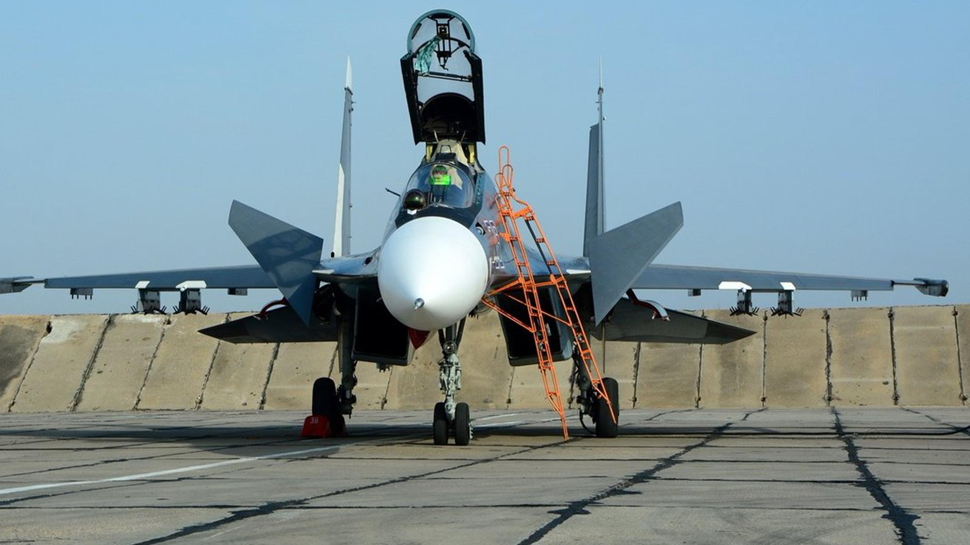 俄罗斯目标对伊朗军售,准备苏30SME战机,装备高超音速导弹