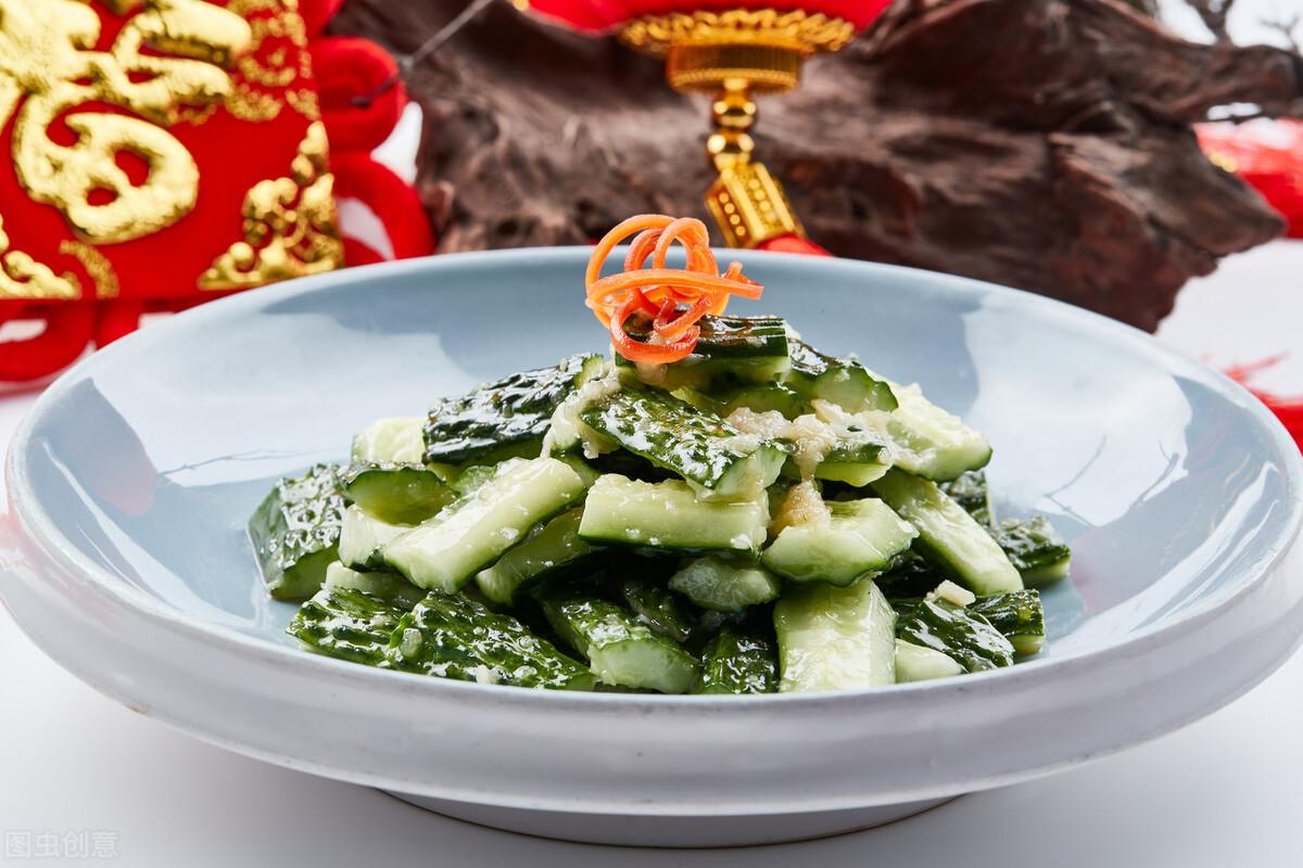 拍黃瓜好吃,不要直接涼拌,多加1步,黃瓜又脆又嫩還特別入味