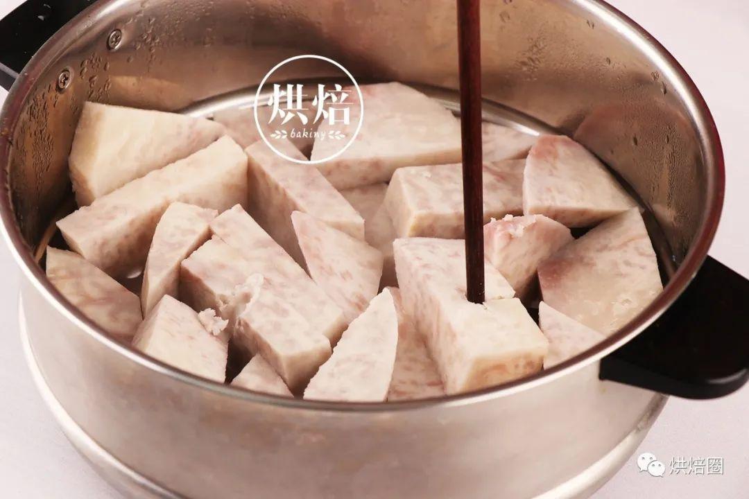 滿滿餡料集結所有好吃元素的虎皮芋泥三明治想不好吃都難
