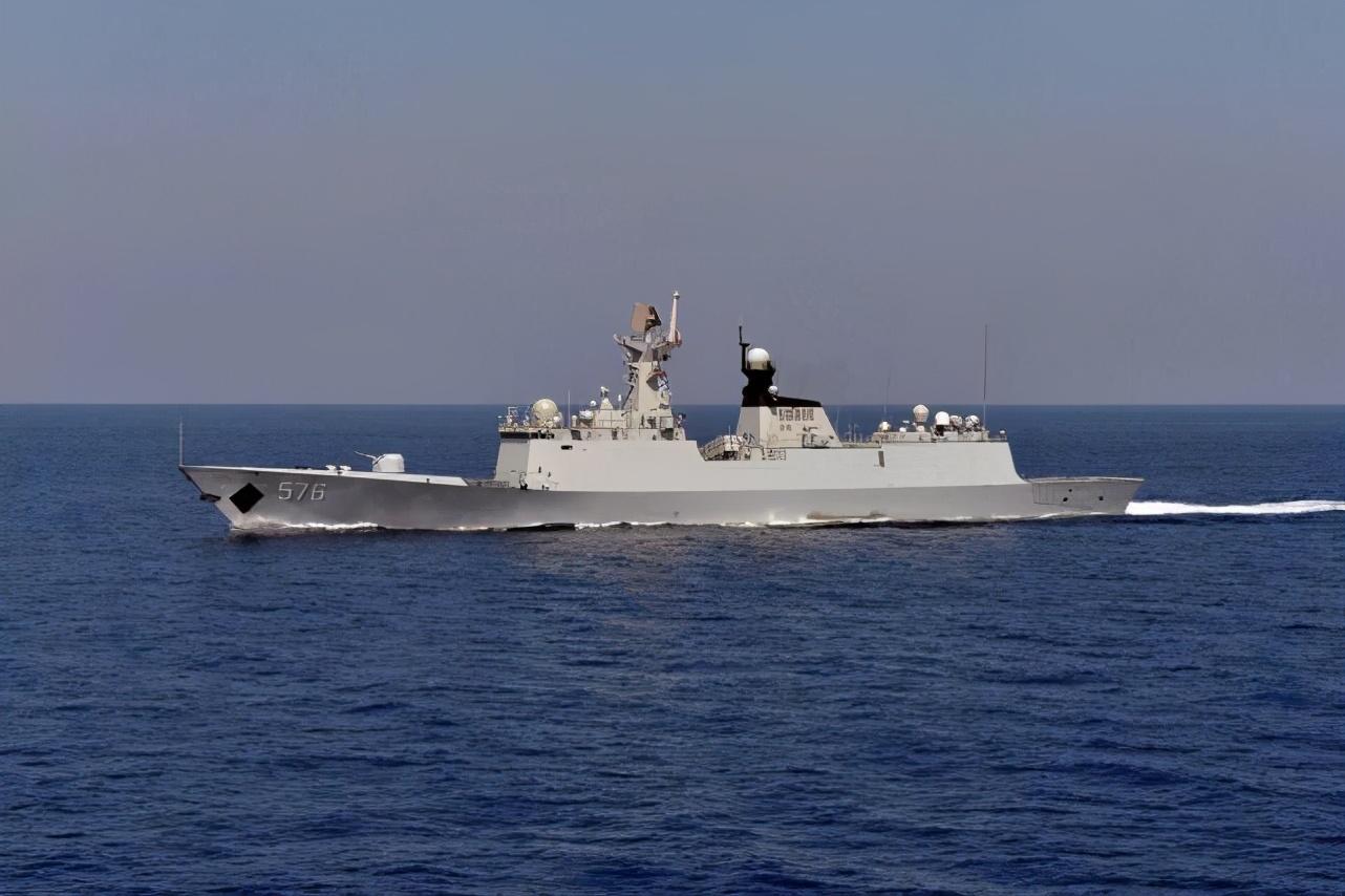 外媒:中国海军现代化新船厂开建,每年能造6艘先进战舰