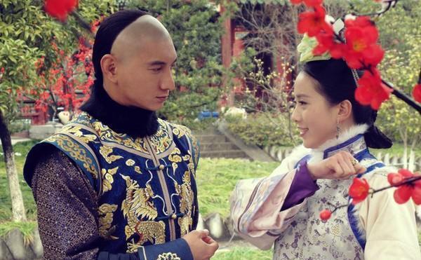 刘诗诗嘱咐袁弘帮吴奇隆带衣服,我又一次相信爱情了