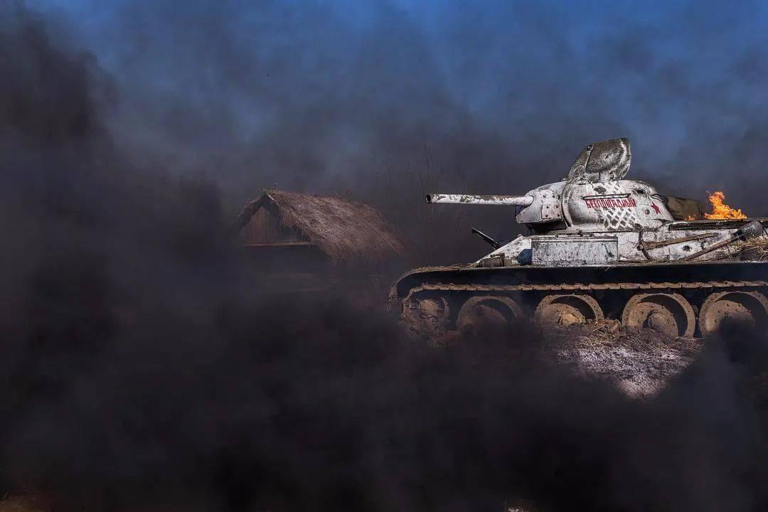 俄罗斯史上票房第一《猎杀T34》宣布定档,网友:太真实