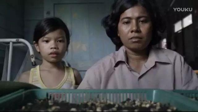 泰国公益广告再刷屏!菜市场妈妈教出博士女儿,教你如何教育孩子