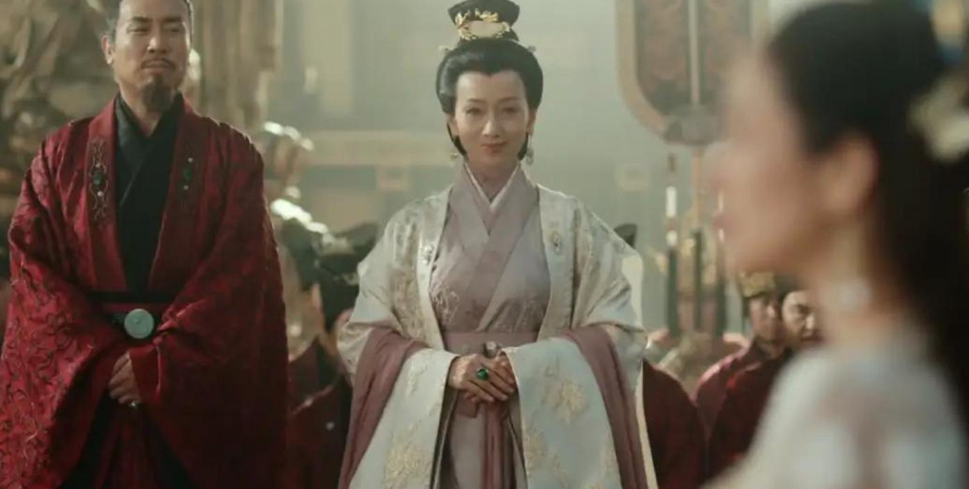 《上阳赋》开播口碑不稳,老戏骨赵雅芝演技遭吐槽