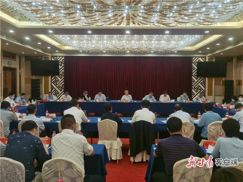 全国人大常委会副委员长蔡达峰在敦煌调研