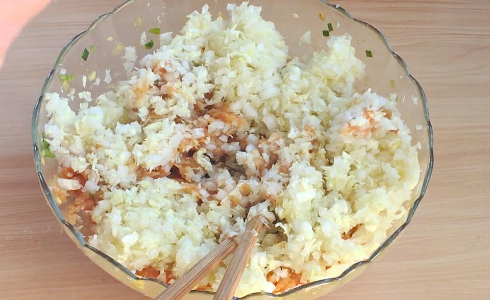 白菜饺子好吃有诀窍,教你调馅的正确做法与用料,饺子不好吃才怪