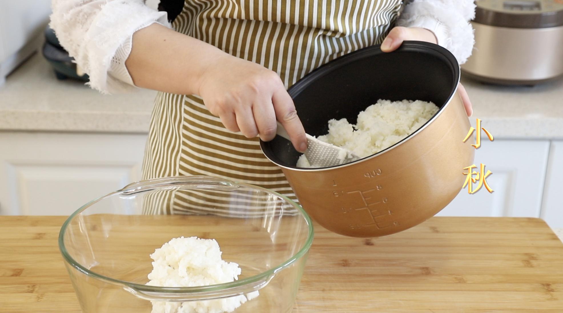 爱吃辣条的有福了,教你在家用剩米饭就能做,麻辣好吃无添加 美食做法 第3张