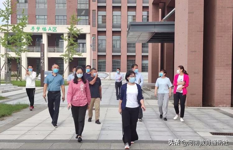 预防在前 防患未然!鄢陵县实验学校开展校园安全大排查活动