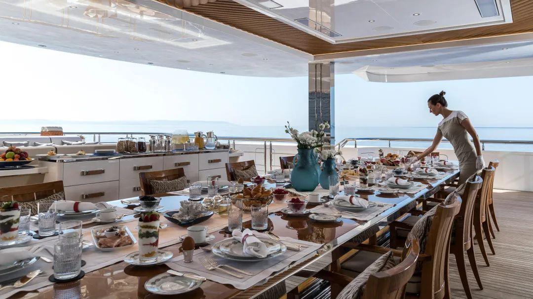 碧昂丝花费200万美元租赁贝尼蒂超级游艇一周,度过39岁生日